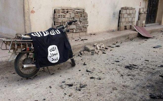 Chiến sự Syria: Tuyệt vọng phá nhà tù, xông lên tấn công, IS tổn thất đắng cay