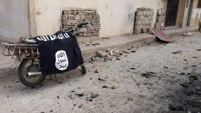 Chiến sự Syria: Tuyệt vọng phá nhà tù, xông lên tấn công, IS tổn thất đắng cay - Ảnh 2.