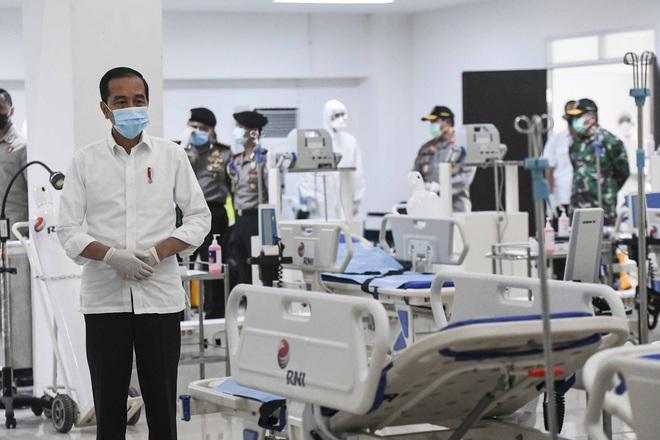 TT Trump cho biết 1 triệu người Mỹ đã được xét nghiệm; Trung Quốc sẽ thay đổi cách tính người nhiễm bệnh từ ngày 1/4 - Ảnh 1.