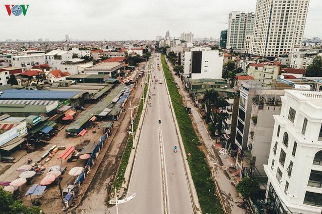 Ngắm nhìn đường phố Hà Nội từ trên cao trước ngày cách ly xã hội - Ảnh 12.