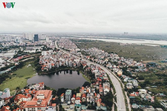 Ngắm nhìn đường phố Hà Nội từ trên cao trước ngày cách ly xã hội - Ảnh 13.