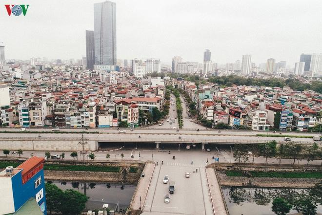 Ngắm nhìn đường phố Hà Nội từ trên cao trước ngày cách ly xã hội - Ảnh 5.