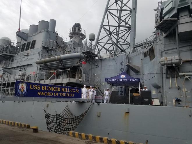 ẢNH: Cận cảnh tàu tuần dương khổng lồ của Hải quân Mỹ vừa cập cảng Đà Nẵng - Ảnh 7.