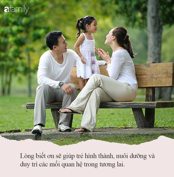 Nếu muốn con thành công trong cuộc sống và được nhiều người yêu quý, ngay từ nhỏ bố mẹ hãy dạy nói câu này mỗi ngày - Ảnh 2.