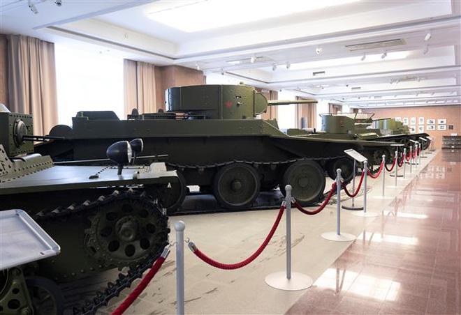Thăm bảo tàng vũ khí độc đáo ở Yekaterinburg, Nga  - Ảnh 2.