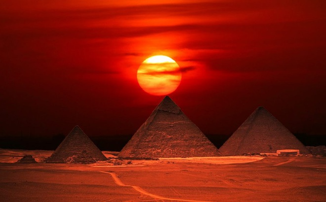 Bản phác thảo hiếm hoi của Da Vinci về cỗ máy dùng xây dựng kim tự tháp Ai Cập