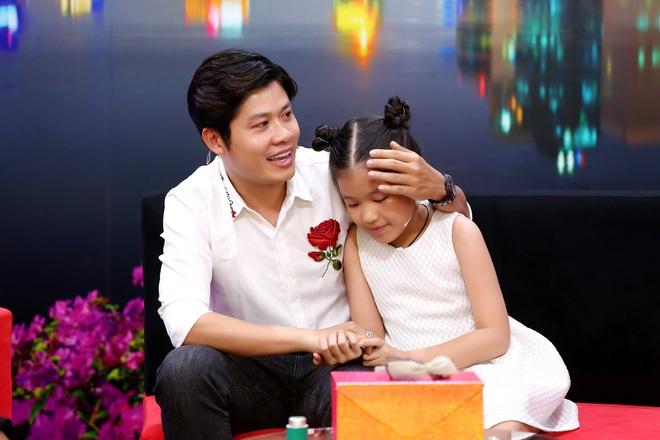 Xúc động hành trình chữa bệnh trầm cảm, tự kỷ cho con gái nuôi của nhạc sĩ Nguyễn Văn Chung - Ảnh 1.