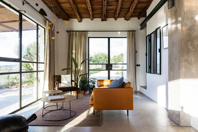 Căn nhà cấp 4 tạo ấn tượng đặc biệt nhờ kết hợp giữa kiến trúc hiện đại với thiên nhiên hoang sơ - Ảnh 15.