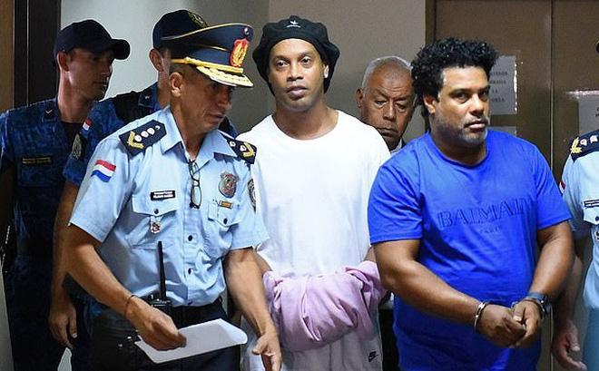 Nhà tù Paraguay tổ chức giải bóng đá quy mô lớn chỉ vài ngày sau khi Ronaldinho bị tống giam