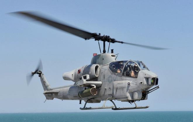 [ẢNH] Thổ Nhĩ Kỳ cho rắn hổ mang AH-1W vào tìm diệt xe tăng T-90 Syria? - Ảnh 4.