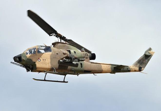 [ẢNH] Thổ Nhĩ Kỳ cho rắn hổ mang AH-1W vào tìm diệt xe tăng T-90 Syria? - Ảnh 8.