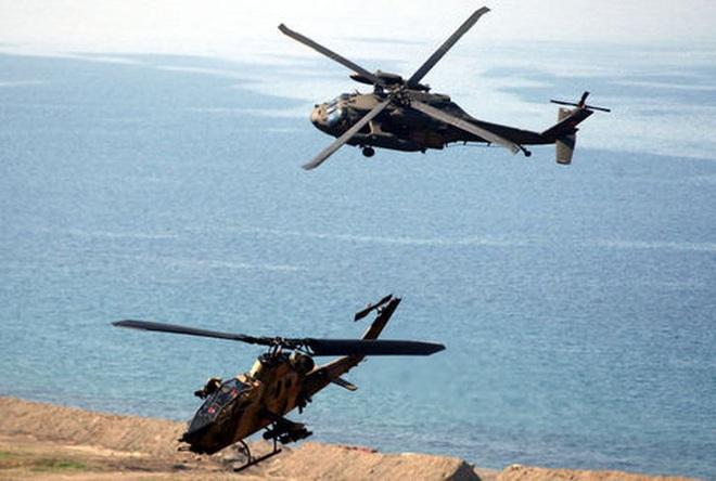 [ẢNH] Thổ Nhĩ Kỳ cho rắn hổ mang AH-1W vào tìm diệt xe tăng T-90 Syria? - Ảnh 9.