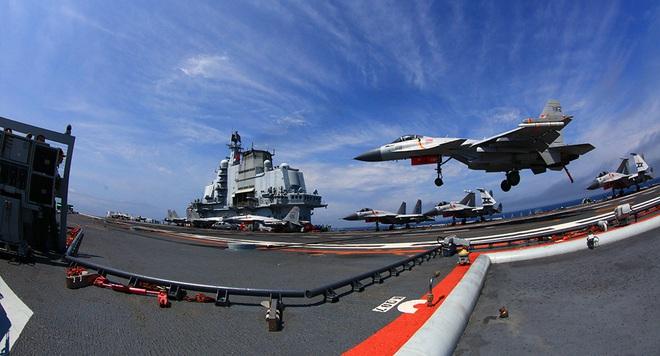 Biên đội tàu sân bay Trung Quốc vừa thiếu, vừa yếu: Đối đầu Hải quân Mỹ sẽ là thảm họa! - Ảnh 1.