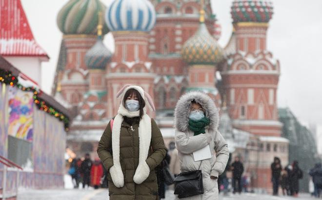 Nga: Phạt tù tới 5 năm với người không tự cách ly sau khi về từ vùng dịch COVID-19