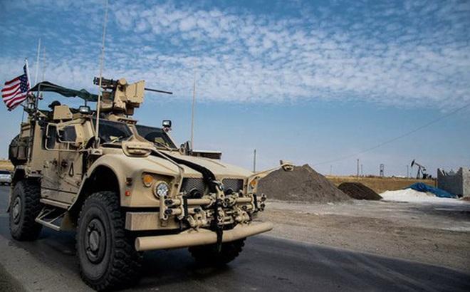 Đoàn xe tuần tra quân đội Mỹ tiếp tục bị người dân Syria tấn công?