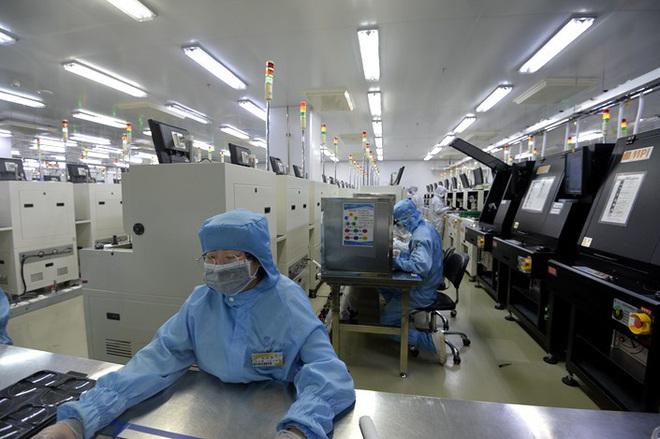 Báo TQ: Điện bật cả ngày ở công ty không ai đi làm và chuyện địa phương bịt mắt trung ương trong mùa COVID-19 - Ảnh 2.