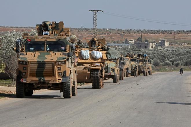 Thổ Nhĩ Kỳ quyết chơi tất tay ở Syria: Trừng trị thích đáng nhóm phiến quân phản chủ? - Ảnh 2.