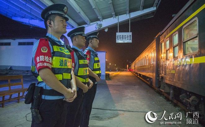 [VIDEO] Trung Quốc: Ga cửa khẩu Bằng Tường hoạt động thông suốt trong mùa dịch COVID-19