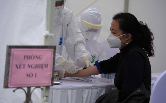 Phó giám đốc CDC Hà Nội: 3 người test nhanh dương tính, xét nghiệm lại âm tính là chuyện bình thường