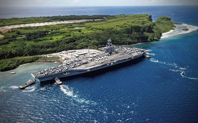 """Các thủy thủ trên tàu sân bay Mỹ """"không đáng phải chết"""" vì Covid-19 - Ảnh 3."""