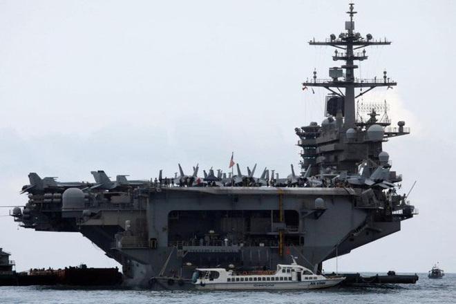 Covid-19: Lời kêu cứu từ tàu sân bay Mỹ - Ảnh 7.