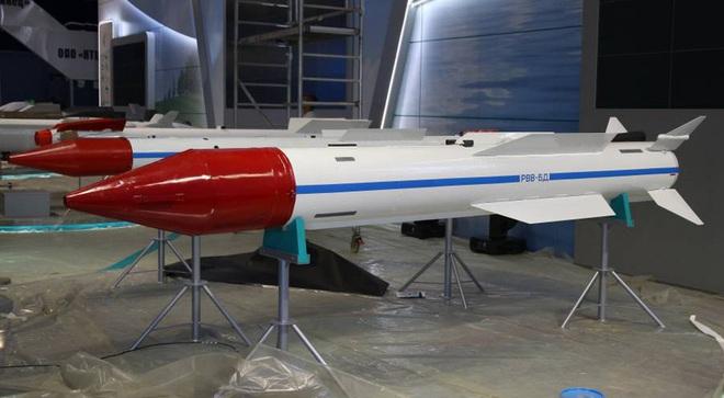 MiG-31 Nga không chiến F-22 Mỹ: Kẻ nào bắn tan xác đối thủ? - Ảnh 6.