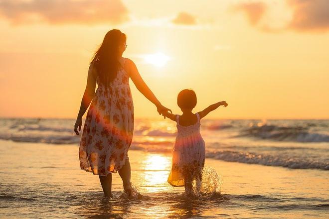 Có 1 biểu hiện này, trẻ lớn lên dễ trở thành kẻ ăn bám: Lời cảnh tỉnh đến người làm cha mẹ - Ảnh 2.