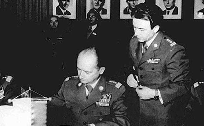 Dấu hỏi về sự phản bội của viên Đại tá quân đội Ba Lan