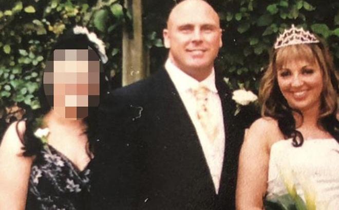 Sau khi ly hôn, vợ cũ bàng hoàng khi biết danh tính người mà chồng cũ đính hôn