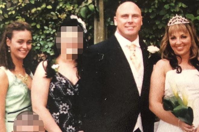 Sau khi ly hôn, vợ cũ bàng hoàng khi biết danh tính người mà chồng cũ đính hôn - Ảnh 1.