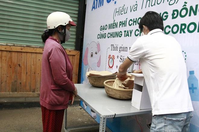 Đắk Lắk lắp đặt ATM gạo nghĩa tình  - Ảnh 4.
