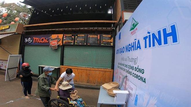 Đắk Lắk lắp đặt ATM gạo nghĩa tình  - Ảnh 2.