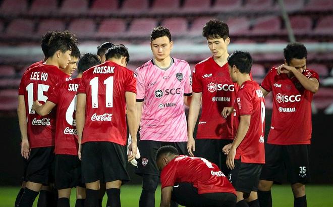 """Đừng chờ CLB Thái Lan nhả Văn Lâm, chẳng phải họ từng """"chơi xấu"""" Philippines đó sao?"""