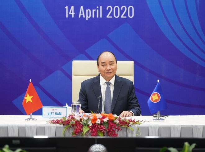 Thủ tướng Nguyễn Xuân Phúc chủ trì hội nghị đặc biệt về ứng phó Covid-19; Việt Nam tặng Nga 150.000 khẩu trang - Ảnh 2.