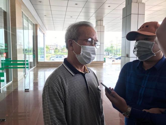 Cụ ông bị ung thư khỏi Covid-19: Sau khi khám tại BV Bạch Mai về tôi bị sốt và mua thuốc cúm về uống - Ảnh 1.