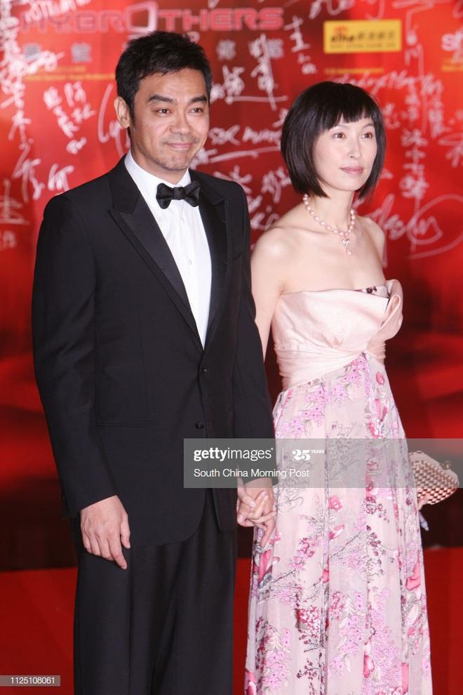 Hoa hậu xấu nhất Hong Kong và cuộc hôn nhân đũa lệch, 20 năm không con cái - Ảnh 11.