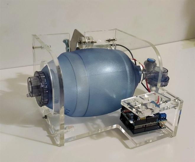 """Máy trợ thở """"made in Điện lực"""" chung tay đẩy lùi Covid-19 - Ảnh 2."""