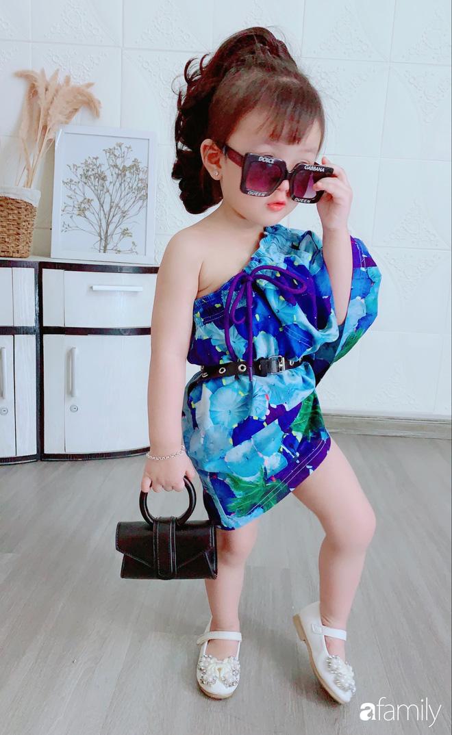 Ở nhà quá chán, hot mom Hà Nội nảy ra ý định lấy quần đùi của chồng cosplay cho con gái 2 tuổi, không ngờ ra lò bộ ảnh đẹp như tạp chí - Ảnh 2.