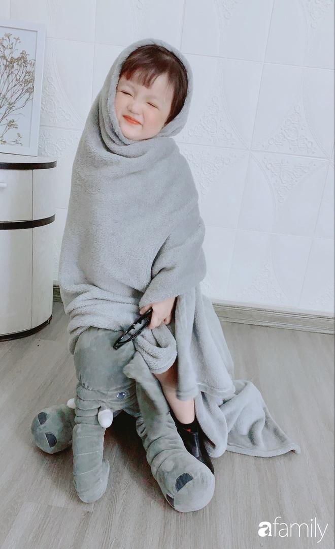 Ở nhà quá chán, hot mom Hà Nội nảy ra ý định lấy quần đùi của chồng cosplay cho con gái 2 tuổi, không ngờ ra lò bộ ảnh đẹp như tạp chí - Ảnh 15.