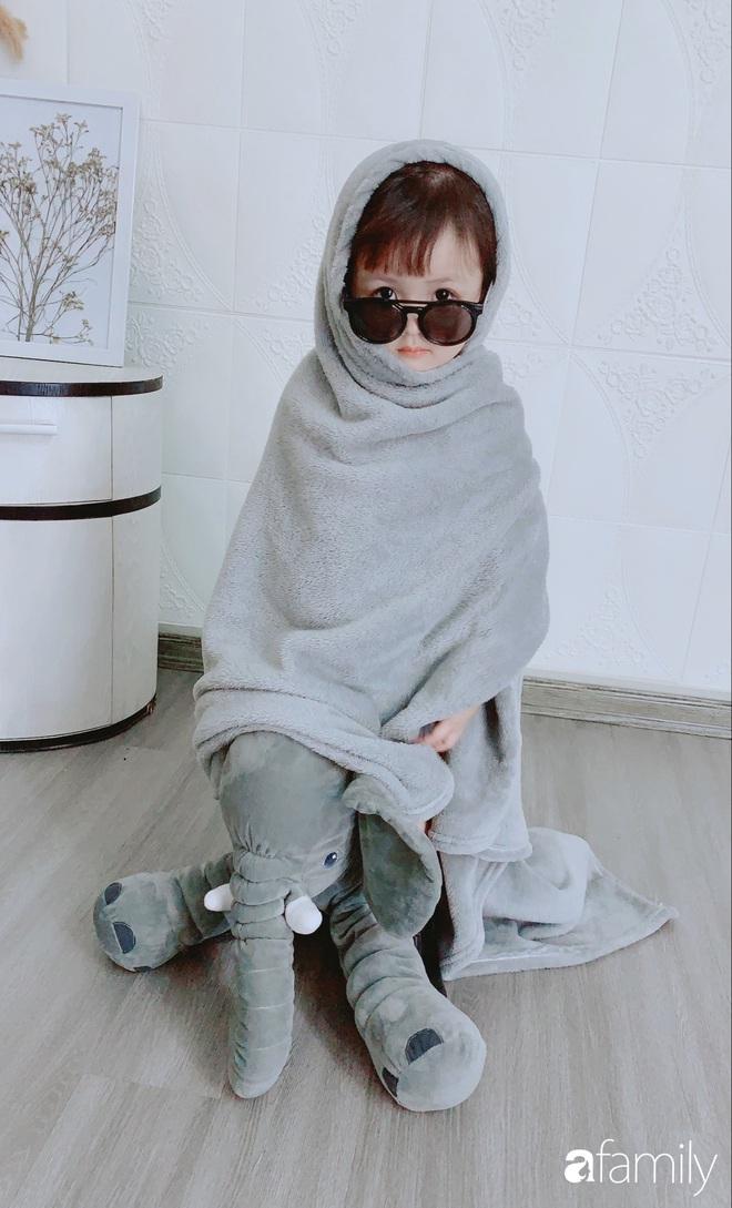 Ở nhà quá chán, hot mom Hà Nội nảy ra ý định lấy quần đùi của chồng cosplay cho con gái 2 tuổi, không ngờ ra lò bộ ảnh đẹp như tạp chí - Ảnh 17.