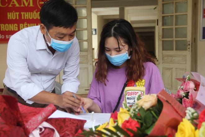 Nữ bệnh nhân nhiễm Covid-19 ở Hà Tĩnh: Liều thuốc tốt nhất là lạc quan yêu đời để chiến thắng - Ảnh 2.
