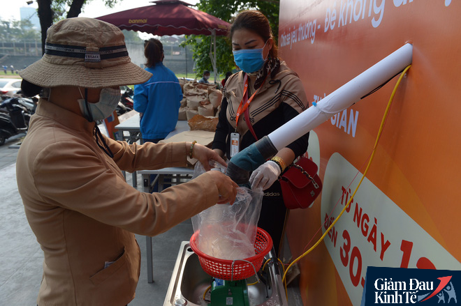 Chủ tịch Thái Hà Books: Đừng nói chuyện ATM gạo là cần câu hay con cá - Ảnh 2.