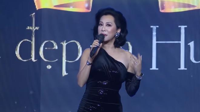 Kỳ Duyên nói về con người thật của Việt Hương sau hình ảnh cười qua loa trên sân khấu - Ảnh 1.