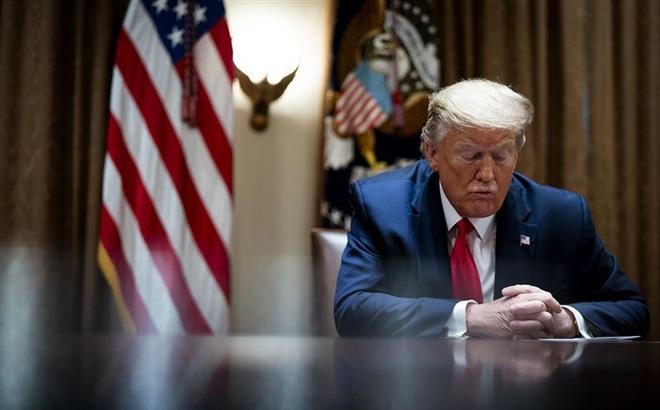 """""""Gậy ông đập lưng ông"""": Cái giá quá đắt mà Mỹ phải trả vì ông Trump trút giận lên WHO"""