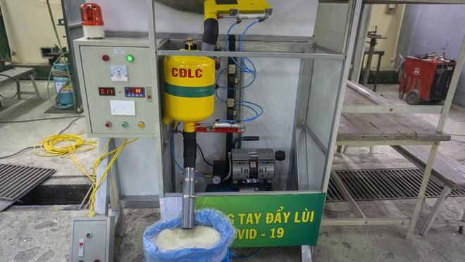 """Cây ATM gạo """"lưu động"""" giúp bà con vùng khó ở Lào Cai - Ảnh 1."""