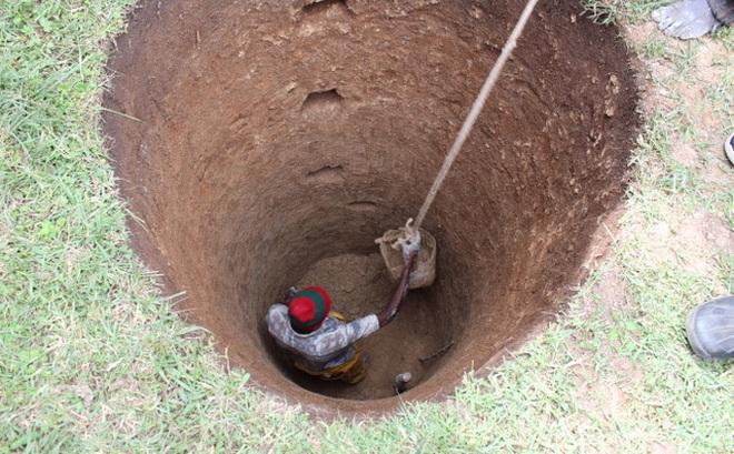 Đang đào giếng, người nông dân được khuyên đào chỗ khác và hồi kết bất ngờ, đáng ngẫm