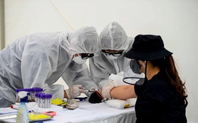 Bệnh nhân nhiễm Covid-19 đi nhà thờ ở Sài Gòn xuất viện, phát hiện thêm 1 ca nguy cơ nhiễm cao