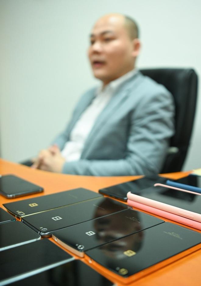 CEO Nguyễn Tử Quảng ra mắt Bphone 4 khi toàn xã hội bị cách ly: Chúng ta vẫn phải tiếp tục sống! - Ảnh 6.
