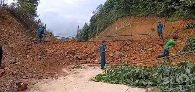Bộ trưởng, Chủ nhiệm VPCP: Không được đổ đất, chặn khối bê tông ngăn phương tiện đi lại - Ảnh 2.