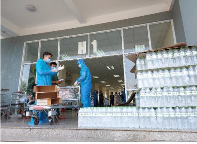 Cập nhật dịch Covid-19 ngày 2/4: VN tăng lên 227 ca bệnh; Bộ Y tế yêu cầu dừng toàn bộ dịch vụ của cty Trường Sinh - Ảnh 1.